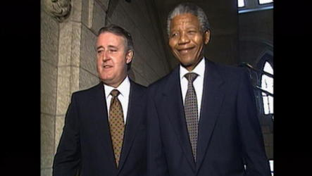 Political leaders in Ottawa pay tribute to Mandela, who was also Canada's first honorary citizen