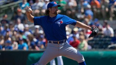 R.A. Dickey pitched five shutout innings before the Houston Astros came back to beat the Toronto Blue Jays 4-3.