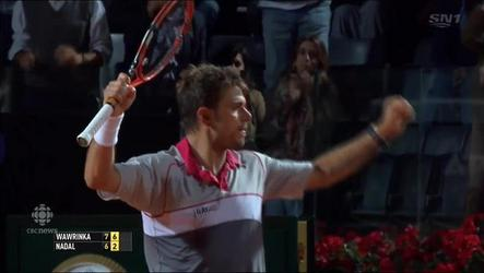 Stan wawrinka plays his way into the semi-final by defeating Rafael Nadal.